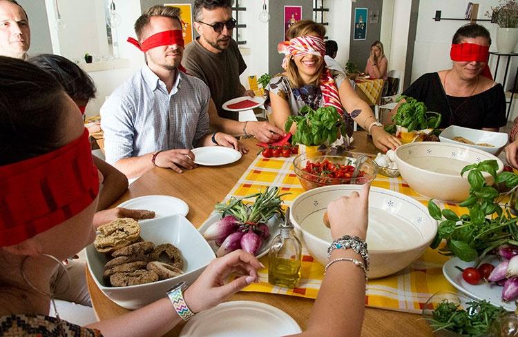 Ricette scumbenate.<br>12 ricette illustrate di cucina atipica salentina